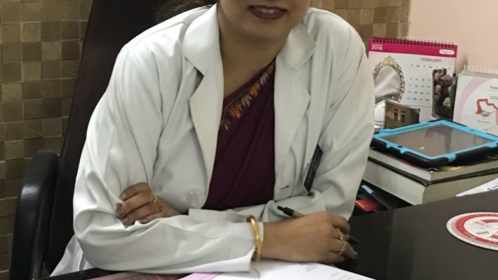 Dr Sweta at her clinic